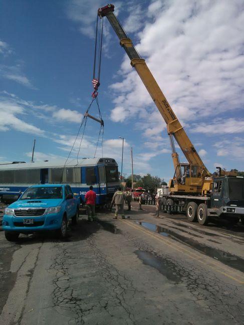 Lesionados leves tras el choque del tren Salta - Güemes y un colectivo