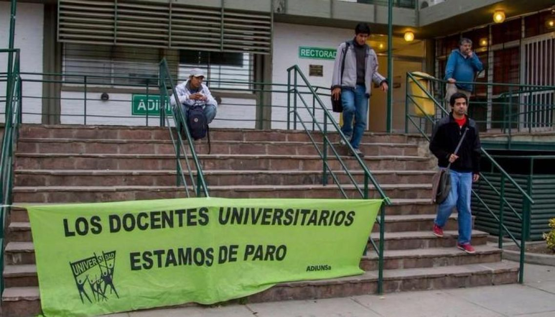 CONADU Histórica rechazó la oferta salarial del gobierno