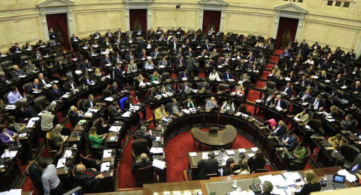 La oposición insiste con retrotraer y congelar las tarifas