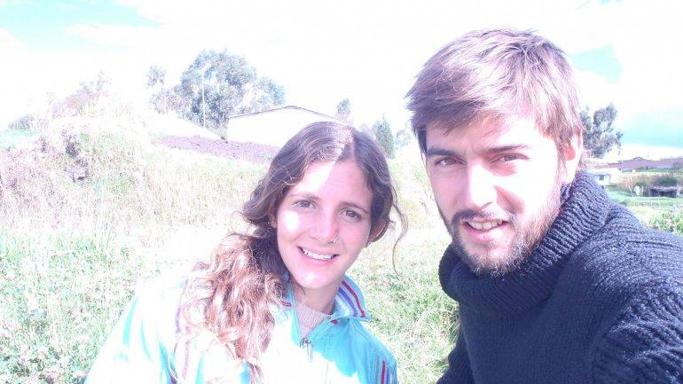 Piden ayuda para una pareja de argentinos accidentados en for Las ultimas noticias del espectaculo argentino