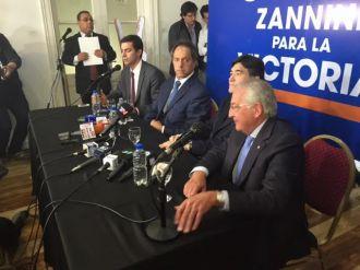 Escueta conferencia de prensa de Daniel Scioli en Salta