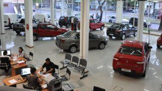 El patentamiento de autos acumula una caída de 14% en lo que va del año