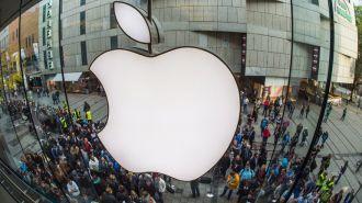 Piratas robaron datos de 225 mil cuentas de Apple