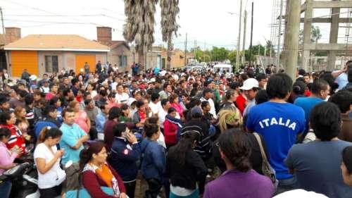 Entregan 800 lotes en Parque La Vega