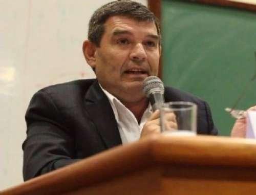 """Olmedo insistió en contra de una """"ley que propone fundir empresas"""""""