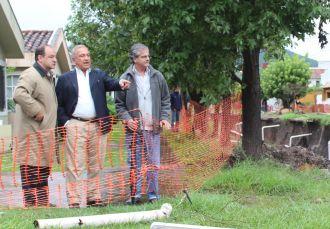 Romero criticó la obra del Canal de los Manzanos y aseguró que hace falta gestión