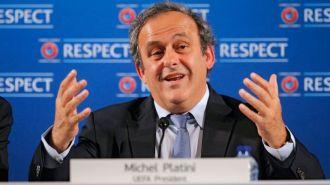 La UEFA pidió que se suspendan las elecciones en la FIFA y amenazó con un boicot